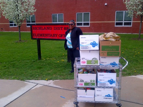 Food donation at Richland elementary school
